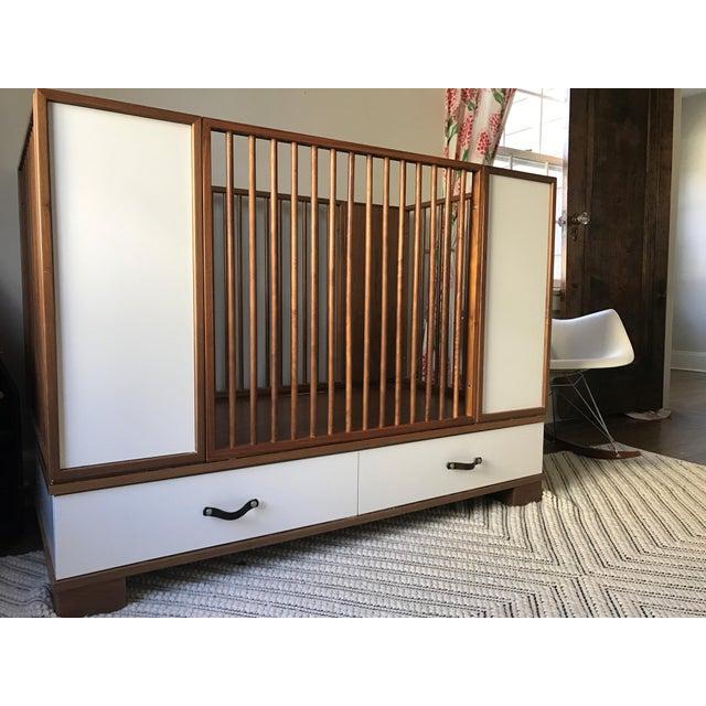 Duc Duc Morgan Crib - Image 4 of 6