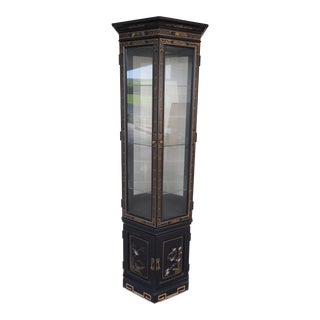Vintage Chinoiserie Decorated Octagonal Lighted Curio Cabinet