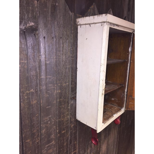 Vintage Cottage Chic White Mirrored Medicine Cabinet - Image 7 of 11