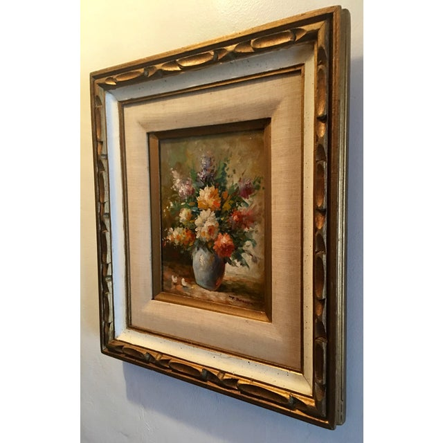 Floral Oil Painting of Dahlias & Other Flowers in a Blue Vase - Image 4 of 7