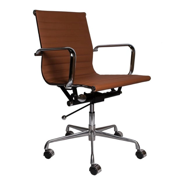 Image of Eames Replica Management Office Chair