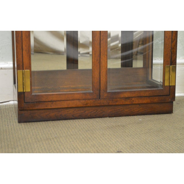 Henredon Campaign Style Lighted Curio Display Cabinet - Image 7 of 11