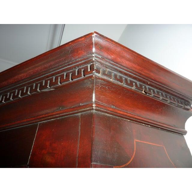 Antique English Mahogany Corner Cabinet, Ca. 1800 - Image 4 of 8