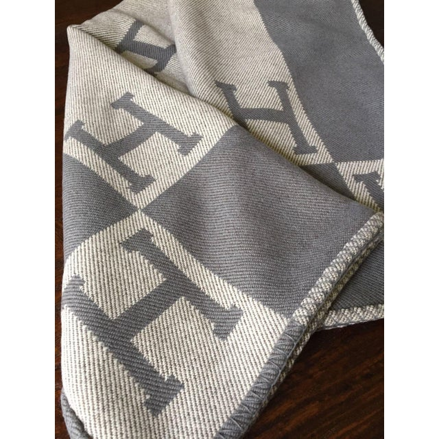 "Hermès Estate ""H"" Avalon Blanket Throw - Image 4 of 8"