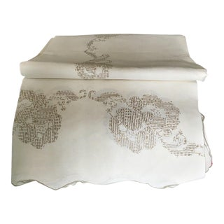 Embroidered Linen Oblong Table Cloth