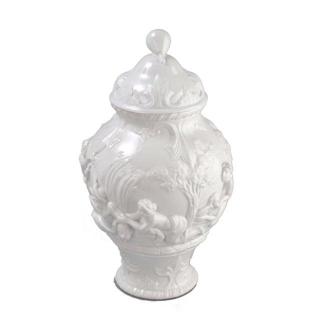 White Capodimonte Italian Porcelain Urn - Image 2 of 10