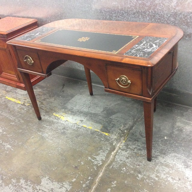 Antique Style Desk - Image 8 of 10