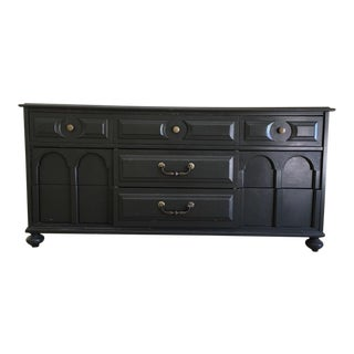 Contemporary Gray Painted Wood 9-Drawer Dresser