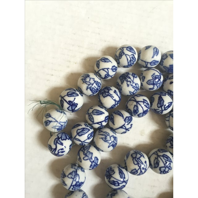 Blue & White Chinese Floral Porcelain Beads - Image 4 of 6
