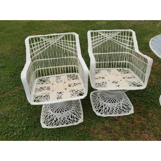 Russell Woodard Spun Swivel Fiberglass Style Chair Table Patio Set - Image 6 of 11