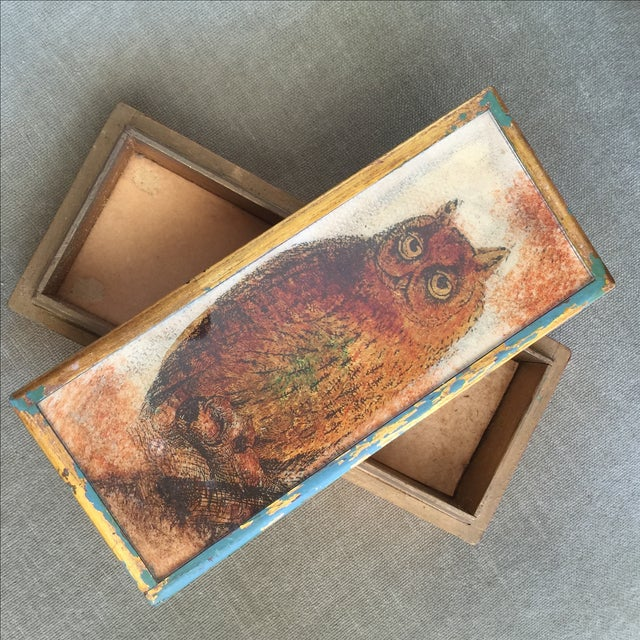 Mid-Century Distressed Owl Box - Image 4 of 9