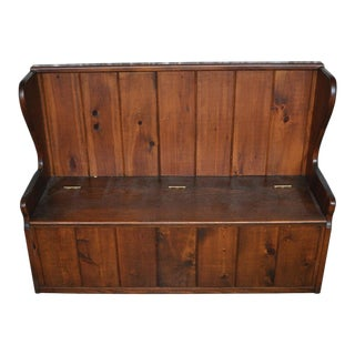 Pine Settle Bench With Storage
