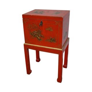 Chinoiserie Painted Oriental Style Lidded Chest