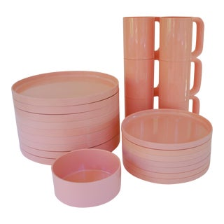 Massimo Vignelli Dusty Pink Compact Stacking Dinnerware - 23 Piece Set