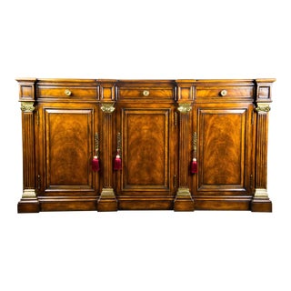 Hickory White Traditional Hampton Sideboard