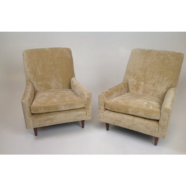 Image of Mid-Century Style Lounge Chairs