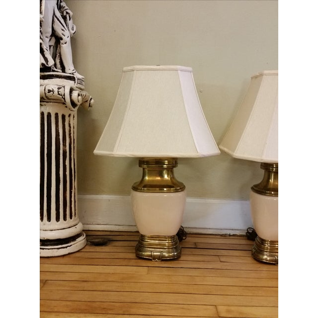 Chapman Ceramic and Brass Hollywood Regency Lamps - Pair - Image 3 of 9
