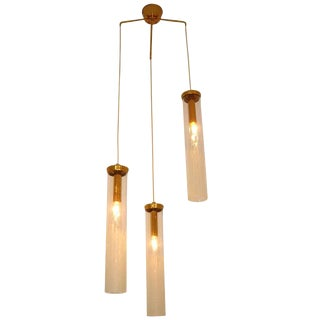 Outstanding Three Glass Difuser Hanging Light