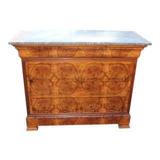 ANTIQUE FRENCH LOUIS PHILIPPE PERIOD BOOKMATCHED WALNUT COMMODE WITH MARBLE TOP CIRCA 1890s