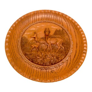 Plastic Faux Bois Decorative 3 Dimensional Deer Plate