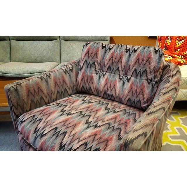 Vintage Post Modern Swivel Club Chair - Image 6 of 8
