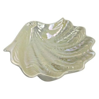 Opalescent Clamshell Dish Bowl