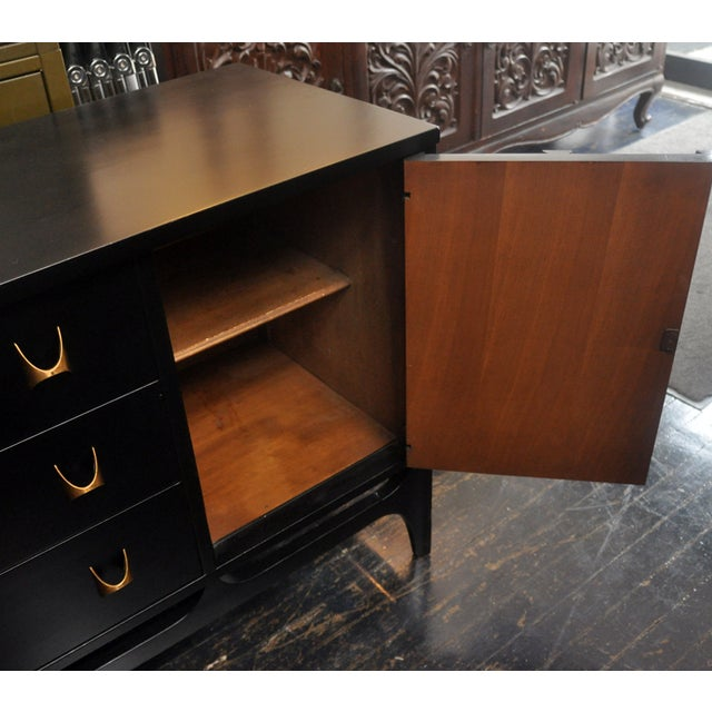 Black Lacquered Mid-Century Modern Credenza - Image 8 of 9