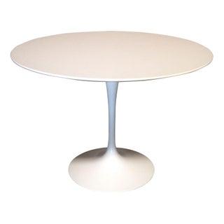 Saarinen Round Tulip Dining Table