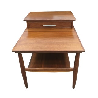 Walnut Mid-Century Lamp Table