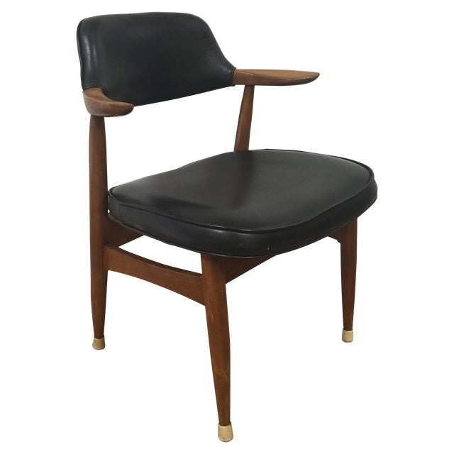 Image of 1965 Paoli Chair