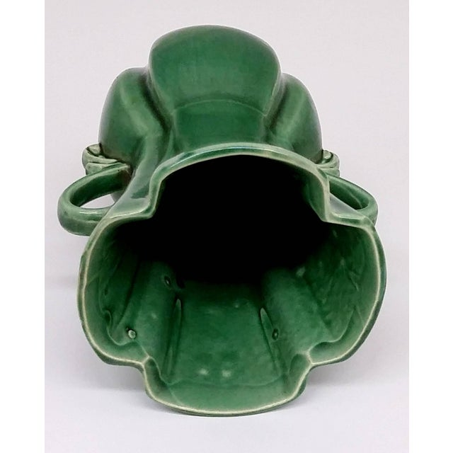 RB USA Rare Mid-Century Two-Handled Green Vase - Image 4 of 6