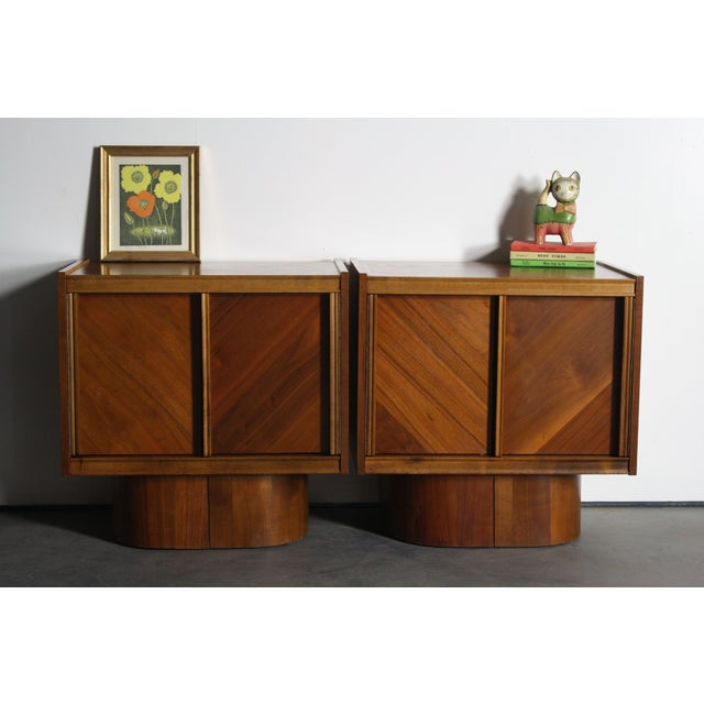Mid-Century Book-Match Walnut End Tables - A Pair - Image 3 of 10