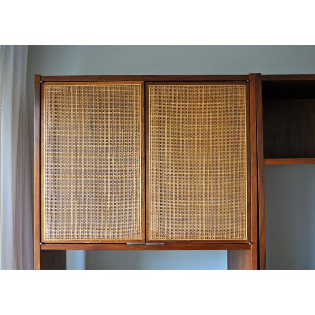 Image of Mid-Century Modern 3-Piece Shelving Unit With Desk