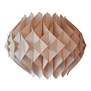 Le Klint Honeycomb Pendant Light