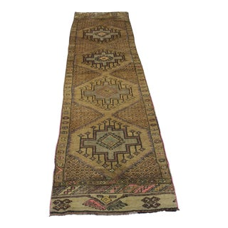 "Traditional Turki̇sh Wool Rug - 2'7"" x 11'3"""