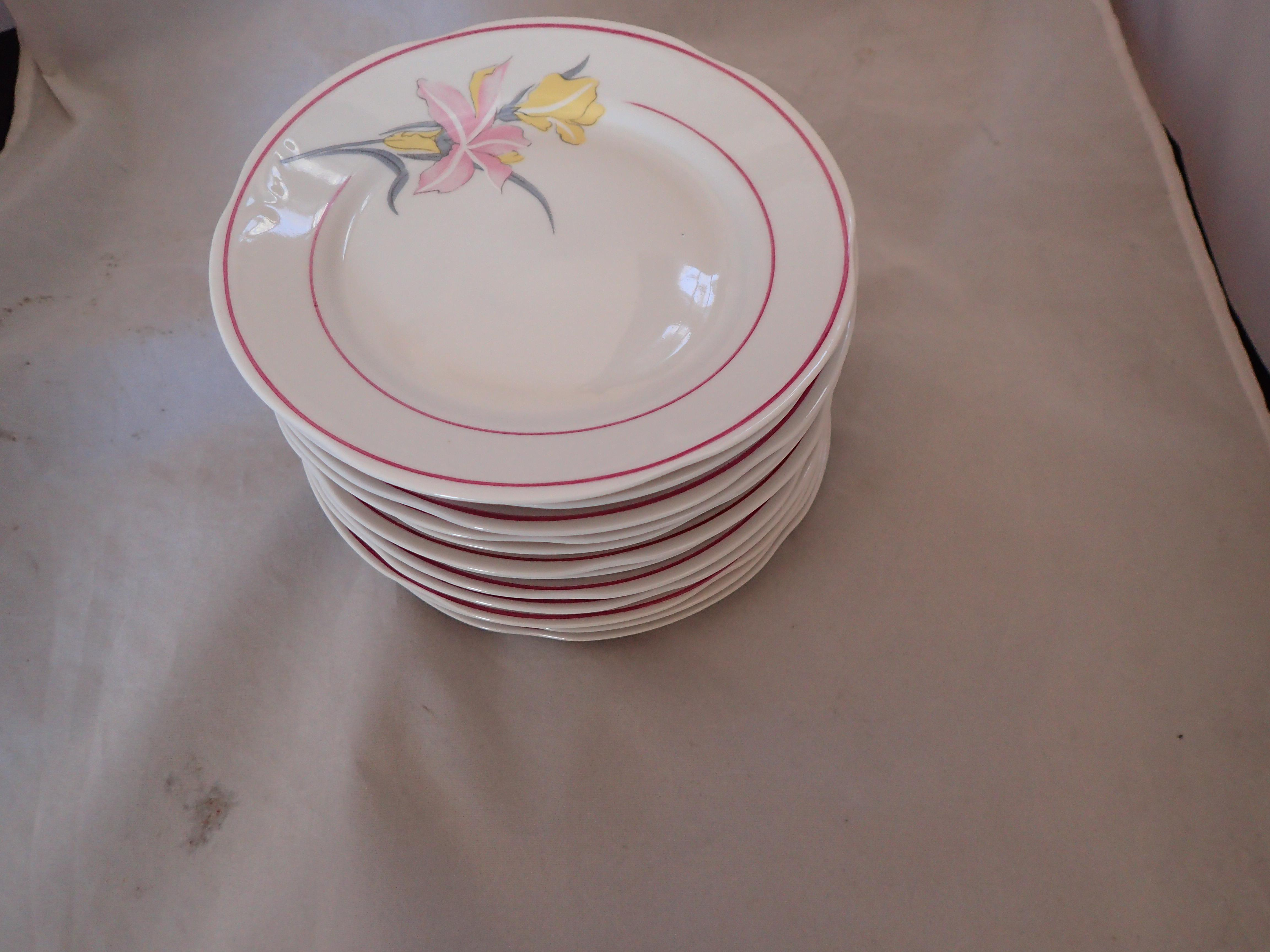 Vintage Lily Dessert Dishes Set Of 12 Chairish