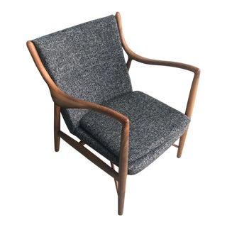 Gray Upholstered Modern Chair