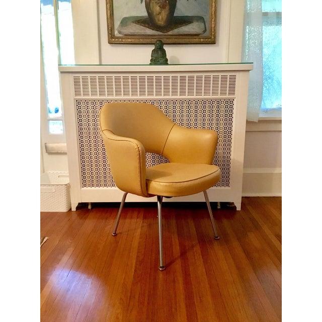 Original 1950's Vintage Eero Saarinen for Knoll Model 71 Executive Armchairs - a Pair - Image 5 of 11