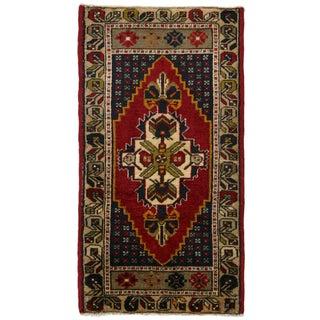 Classic Vintage Yastik | 1'10 x 3'5 Turkish Carpet