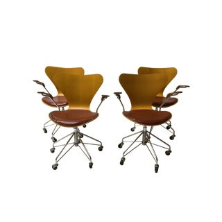 Arne Jacobsen Series 7 Arm Chairs - Set of 4