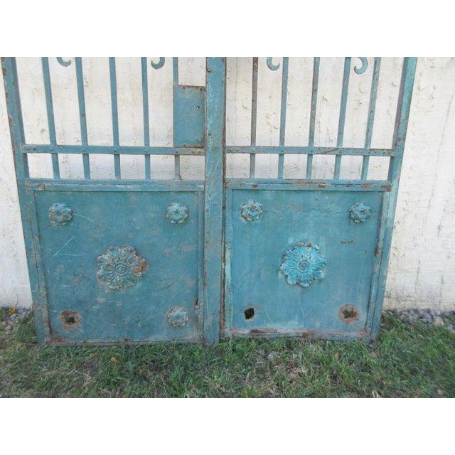 Antique Victorian Iron Gates - A Pair - Image 4 of 8