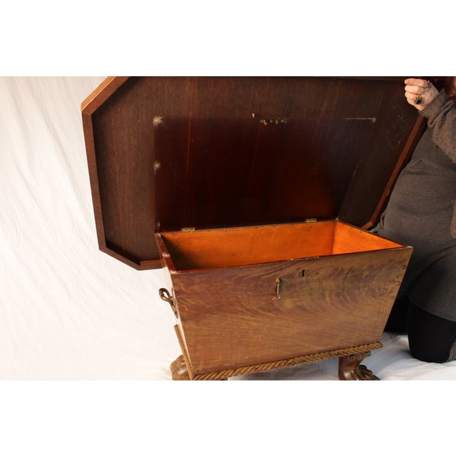 Claw Foot Treasure Chest Coffee Table - Image 5 of 6
