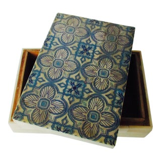 Blue & White Inlaid Bone Jewelry Box