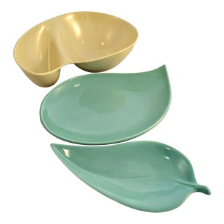 Mid-Century Pastel Melamine Serving Dishes - Set of 3