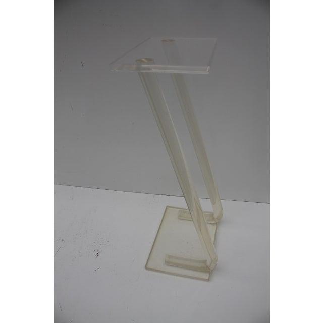 Image of Vintage Mid-Century Tubular -Z- Lucite Pedestal