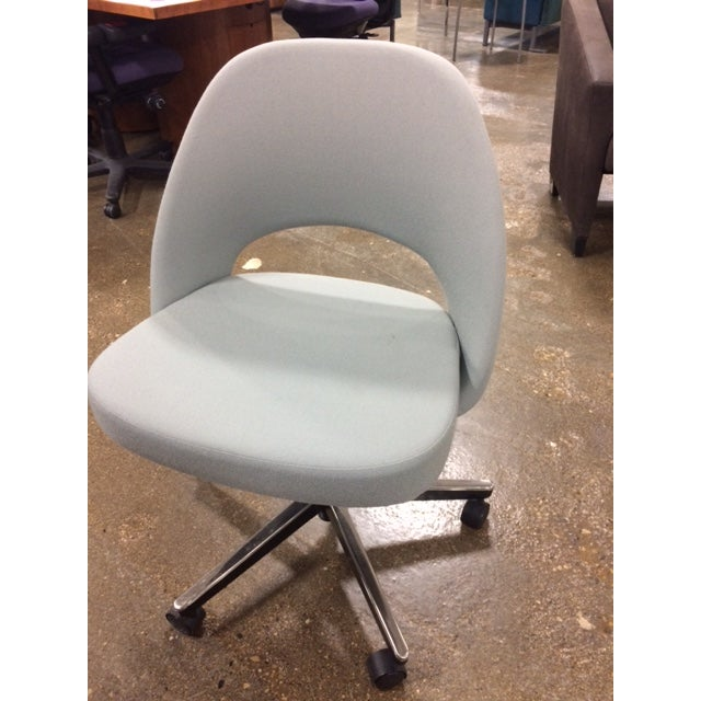 Knoll Saarinen Side Chair With Casters - Image 2 of 6