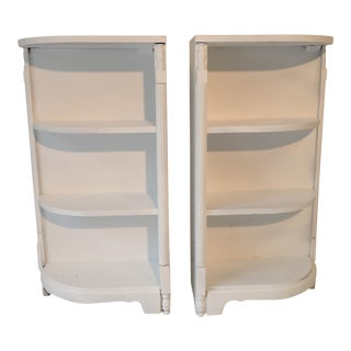Bookcase Bookshelves Casual Corner (2) Bookcases 36H x 10.5D x 19W New White Painted Mahogany Excellent