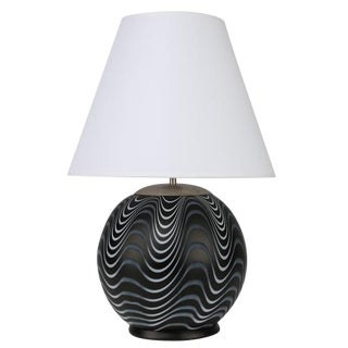 SPHERICAL ITALIAN GLASS ACCENT LAMP WITH BLACK AND WHITE WAVES, CIRCA 1970S