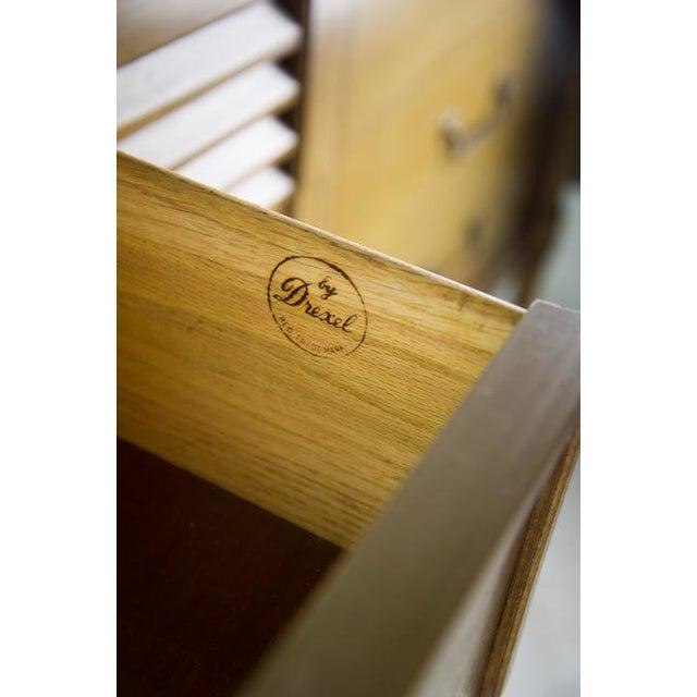Blonde Drexel Sirocco Bedroom Dresser - Image 11 of 11