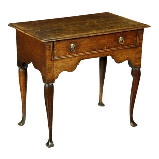 Queen Anne Oak Dressing Table with Crossbanding